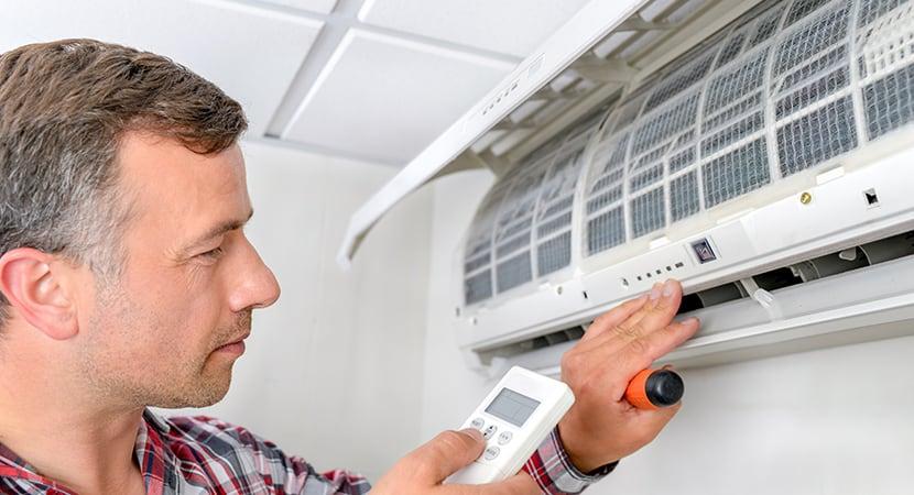 ¿Cómo instalar un aire acondicionado? Mejor confía en un profesional.