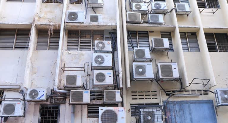 ¿Todos los aires acondicionados modernos tienen bomba de calor?